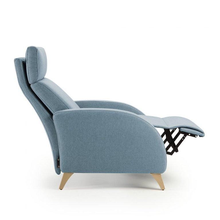 Sillón Olympia asiento continuo patas de madera
