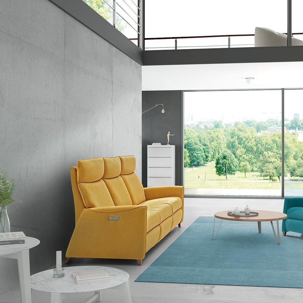 Sofá reclinable motorizado